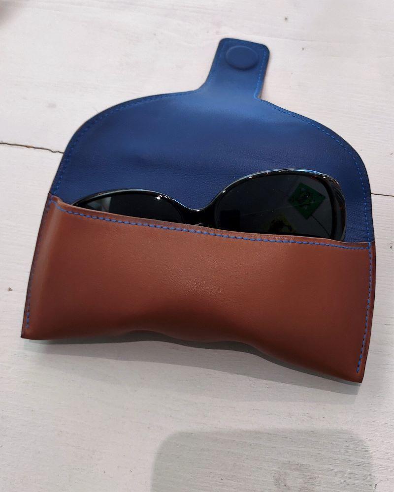 Etui lunettes cuir marron intérieur bleu accessoires maroquinerie lyon ofilducuir
