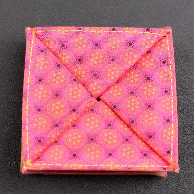 Porte monnaie origami cuir maroquinerie Lyon femme cuir fuchsia accessoire