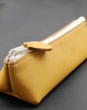 Trousse sac main stylo cuir maroquinerie Lyon camel