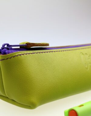 Trousse stylos maquillage cuir maroquinerie Lyon vert anis