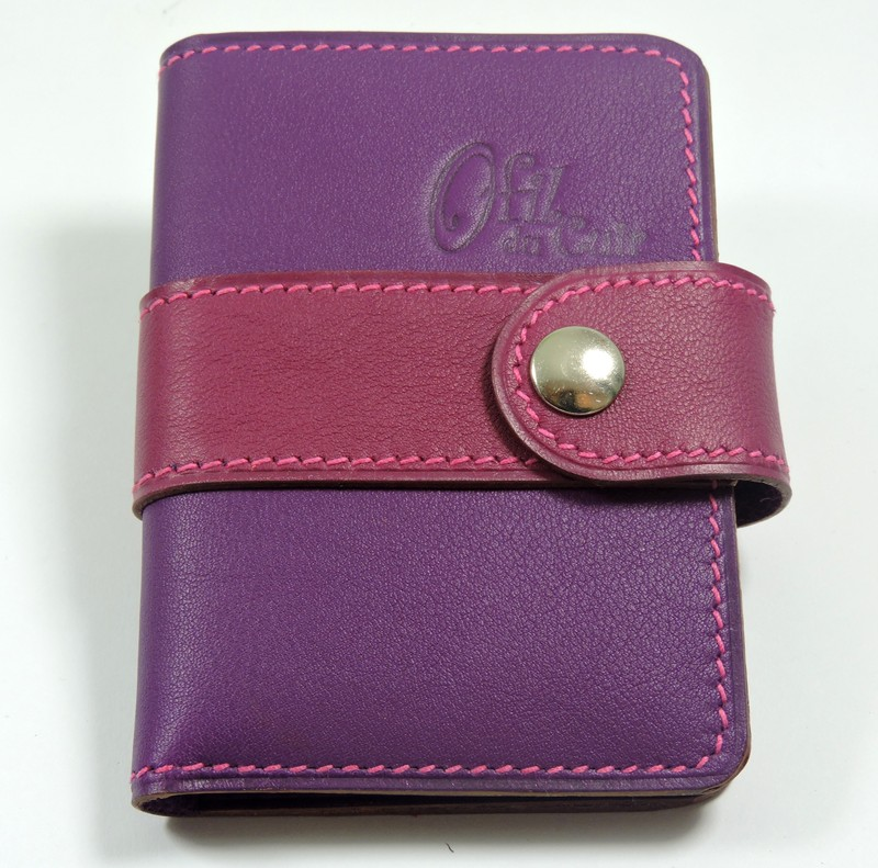 Porte carte fidélités bancaire visites maroquinerie Lyon cuir violet