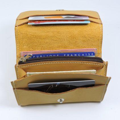 Porte monnaie cartes bancaires papier maroquinerie Lyon femme cuir camel accessoire