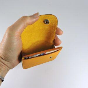 Porte monnaie cartes bancaires cuir-maroquinerie Lyon homme jaune orangé femme
