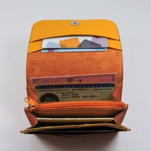Porte monnaie cartes bancaires papier maroquinerie Lyon femme cuir orange accessoire