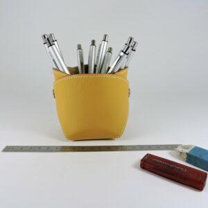 pot-crayon-cuir-ofilducuir-maroquinerie-lyon-camel