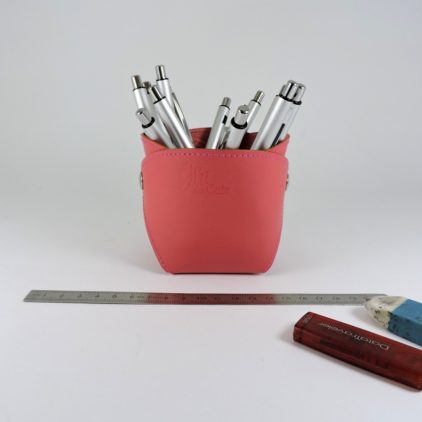 pot-crayon-cuir-ofilducuir-maroquinerie-lyon-rose pâle