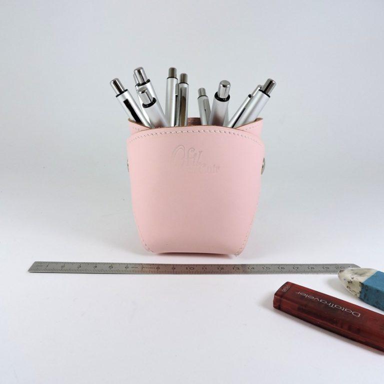 pot-crayon-cuir-ofilducuir-maroquinerie-lyon-rose pale
