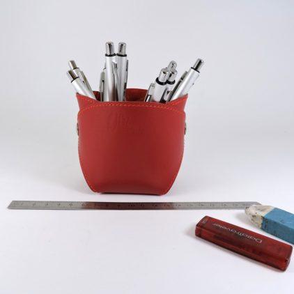 pot-crayon-cuir-ofilducuir-maroquinerie-lyon-rouge