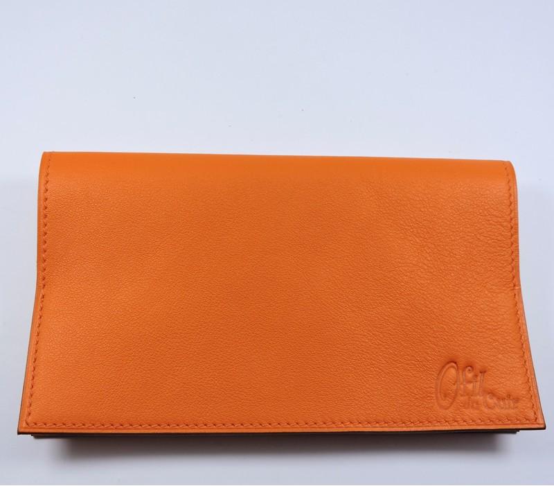 Protège chéquier cuir accessoire maroquinerie Lyon cuir orange