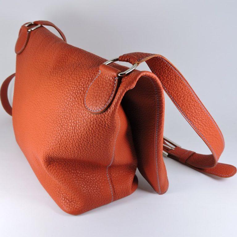 sac main besace asymetrique bandouliere femme maroquinerie lyon