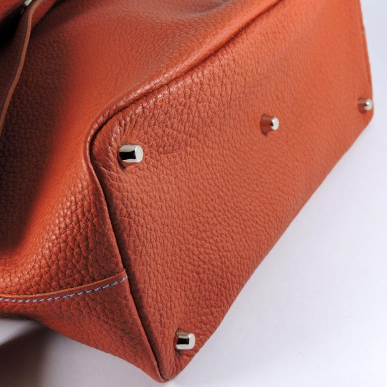 sac main asymetrique cuir graine brique sac bandouliere femme maroquinerie lyon