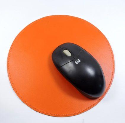tapis souris ordinateur bureau cuir maroquinerie Lyon orange