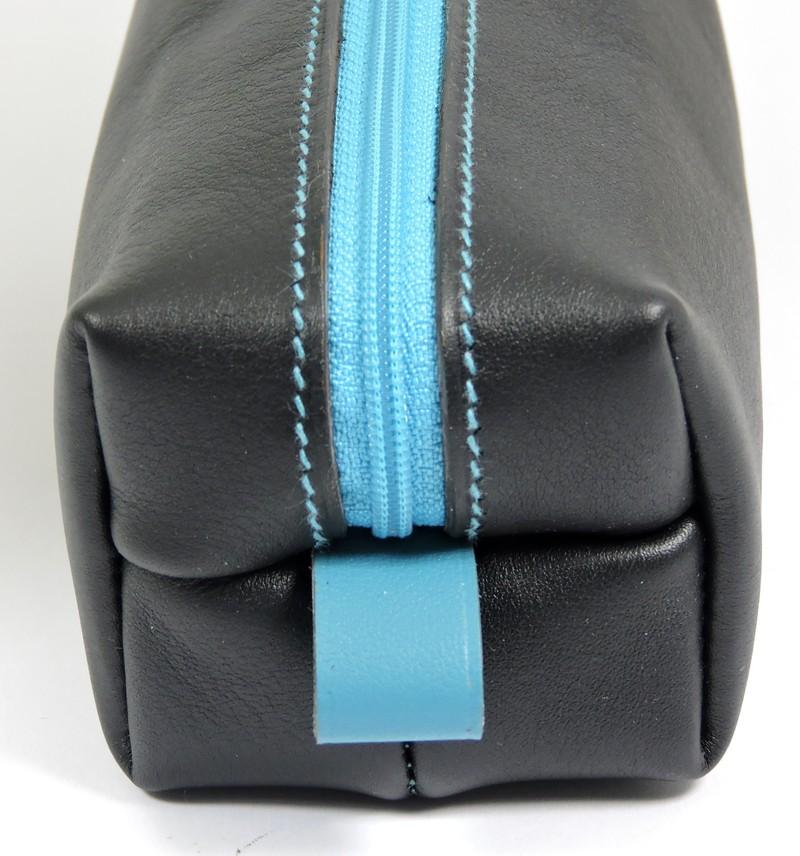 Trousse carrée stylos crayons école maroquinerie Lyon cuir noir turquoise