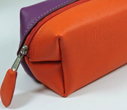 Trousse carrée stylos crayons école maroquinerie Lyon cuir violet rouge orangé