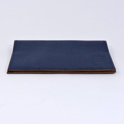 Protège passeport voyage cuir bleu marine maroquinerie Lyon