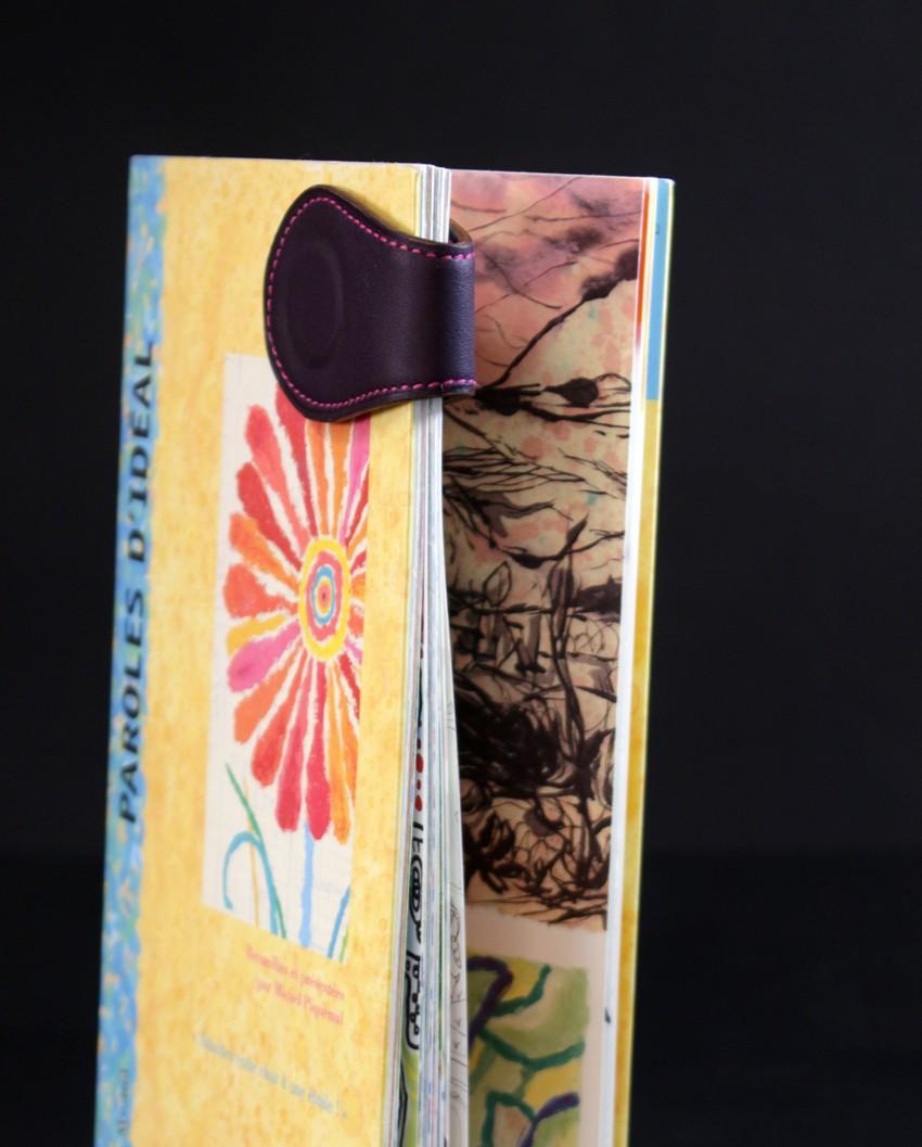Marque pages cuir aubergine magnétique ofilducuir accessoire