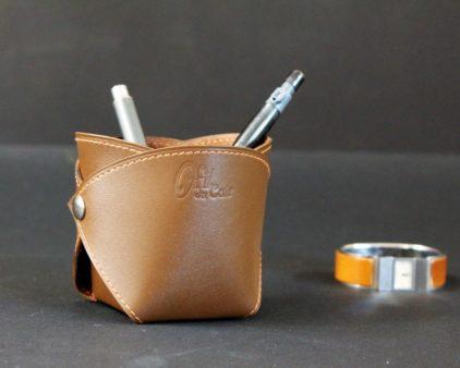 Pot crayons cuir marron accessoires lyon ofilducuir