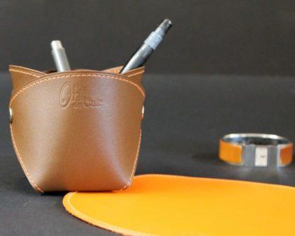 Pot crayons cuir marron accessoires ofilducuir