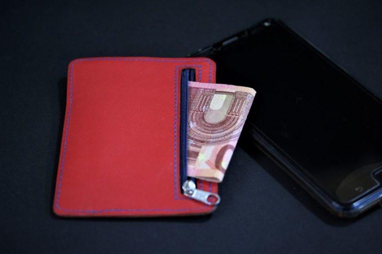 Porte cartes portefeuille cuir artisanat français lyonnais maroquinerie cuir rouge ofilducuir