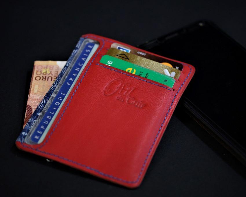 Porte cartes portefeuille cuir artisanat français lyonnais maroquinerie cuir ofilducuir