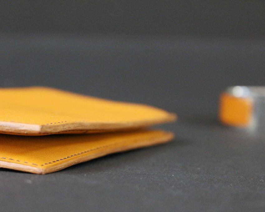 Portefeuille en cuir petite maroquinerie fabrication main marron ofilducuir