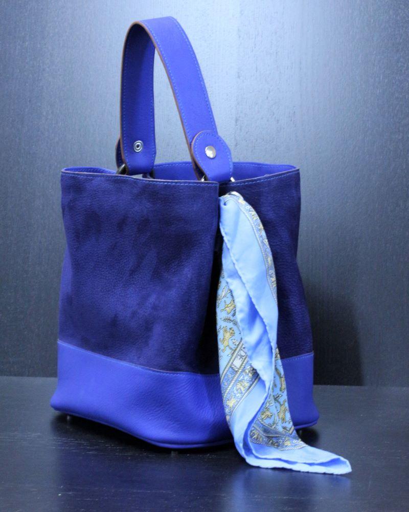 sac à main femme en cuir bleu Lyon