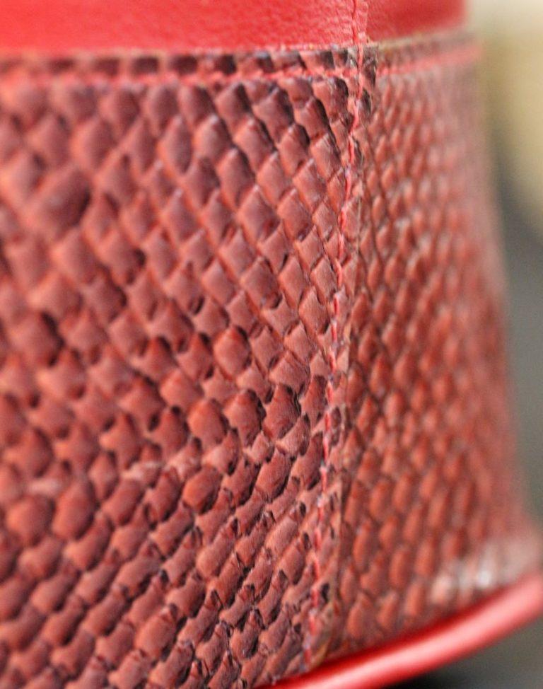 sac main seau cuir saumon veau rouge artisan maroquinier lyon ofilducuir