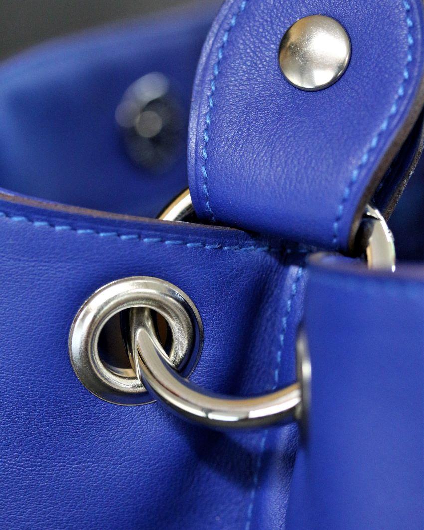 sac main seau cuir bleu ofilducuir maroquinerie lyon bijourterie nickelée