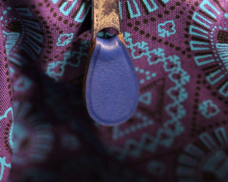 sac main seau cuir bleu ofilducuir maroquinerie lyon doublure tissu africain